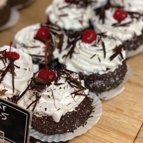 Gâteau forêt-noire de format individuel