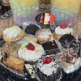 Assortiment de 12 mini-pâtisseries